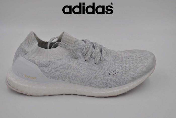2018 Scarpe Adidas - Bianco Adidas Ultra Boost Uncaged Triplo Bianco Usato 10 Marchio Bb0773 Size Mens Cdghinuy29